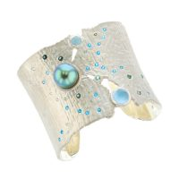 Oceania Cuff with Paraiba Tourmalines, , Diamonds Tahitian Pearl Gold Jewelry bracelet de Perles de Tahiti or bijoux